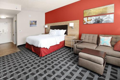 TownePlace Suites by Marriott Grove City Mercer/Outlets Photo