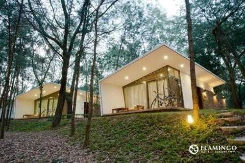 Hilltop Villa In Flamingo Dai Lai Resort