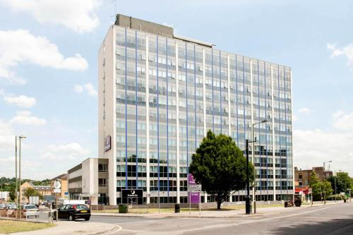 Premier Inn London Hendon - The Hyde photo 22