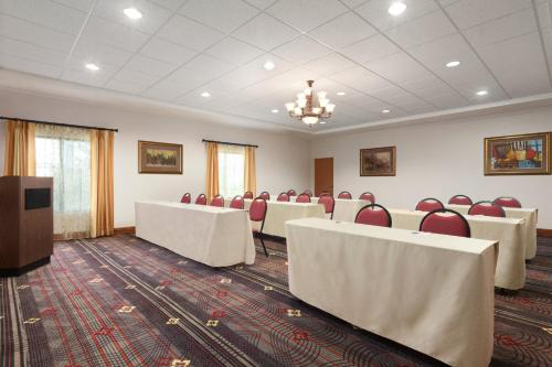 Hampton Inn & Suites Rohnert Park - Sonoma County Photo