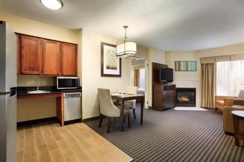 Homewood Suites by Hilton Houston-Willowbrook Mall photo 25