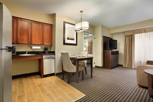 Homewood Suites by Hilton Houston-Willowbrook Mall photo 27