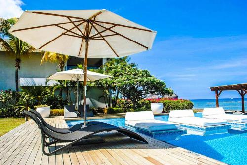 Leora Beachfront Suite, Tamarin
