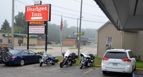 Budget Inn Marinette Photo