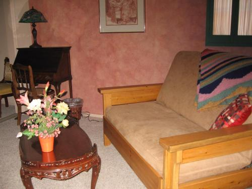 Mon Ami Bed and Breakfast Photo