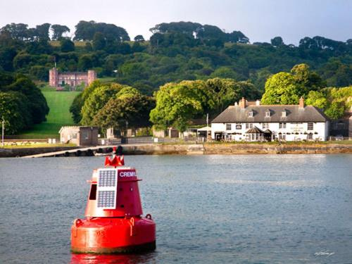 The Edgcumbe Arms in Torpoint, Cornwall, England