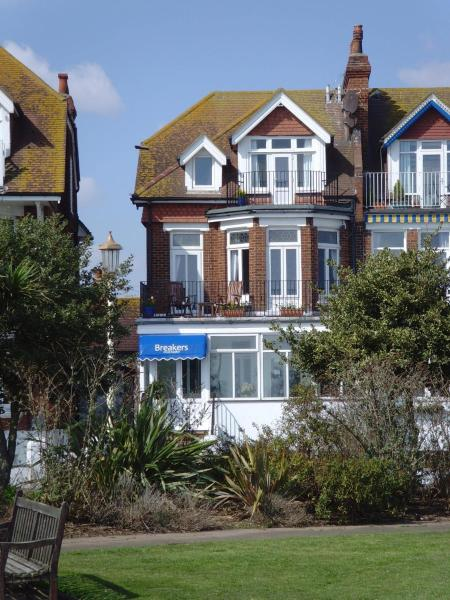 Breakers Guest House in Eastbourne, East Sussex, England