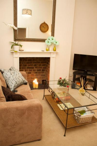 Hammersmith Apartment in London, Greater London, England