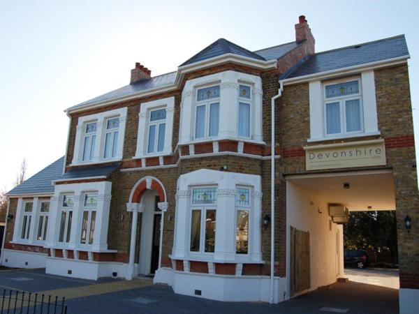 Devonshire Hotel in Hornchurch, Greater London, England