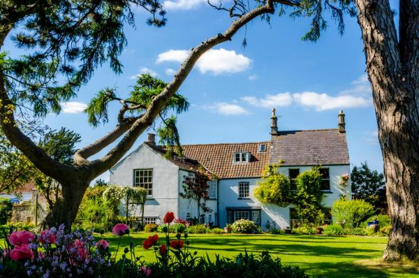 Moorlands Country Guest House in Weston-super-Mare, Somerset, England