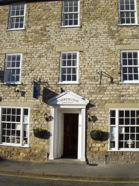 Warrington Guest House in Thornton Dale, North Yorkshire, England