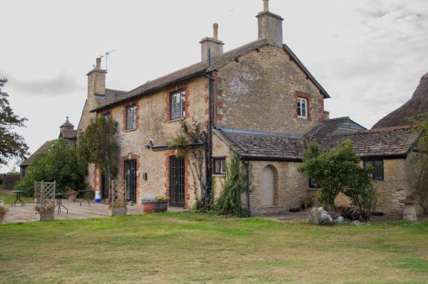 Carswell Country Club B&B in Faringdon, Oxfordshire, England