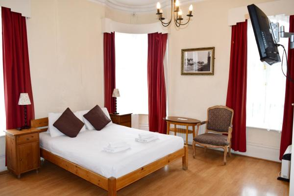 Black Lion Guesthouse in London, Greater London, England