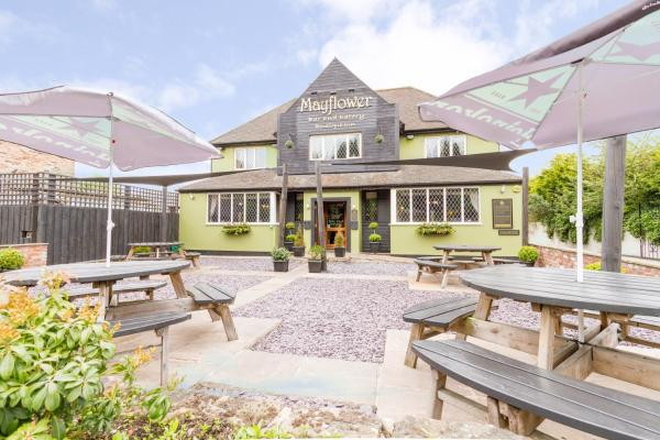Mayflower Bar, Eatery & Boutique Inn in Bawtry, South Yorkshire, England