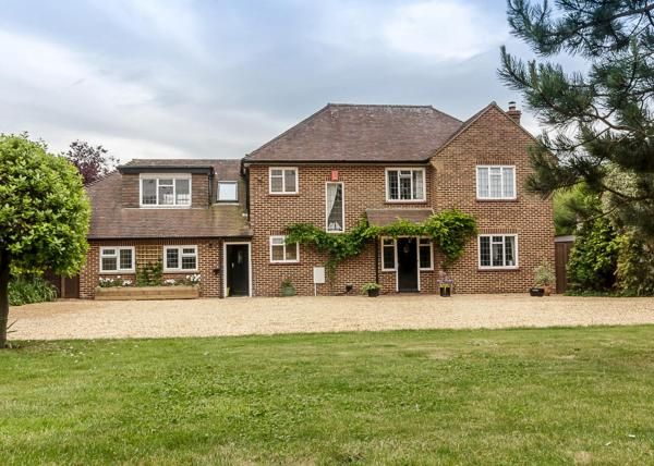 Amberwood Bed and Breakfast in Lymington, Hampshire, England
