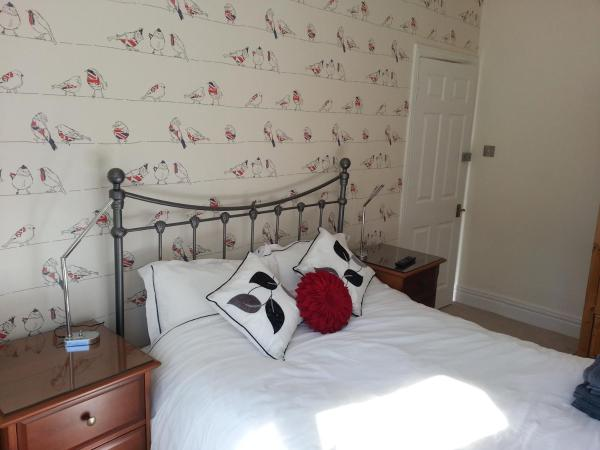 Parkstone Guest House in Poole, Dorset, England
