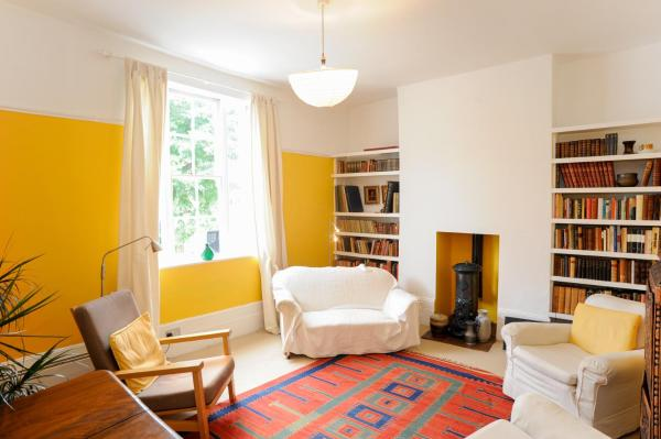 Two Bedroom Apartment in Angel in London, Greater London, England