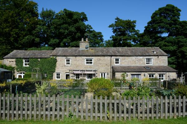 Thorney Mire Barn in Hawes, North Yorkshire, England