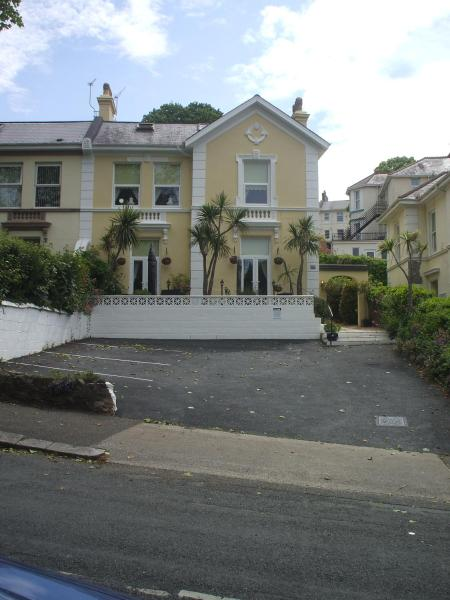 Blue Waters Guest House in Torquay, Devon, England