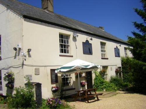 Spread Eagle Inn Photo