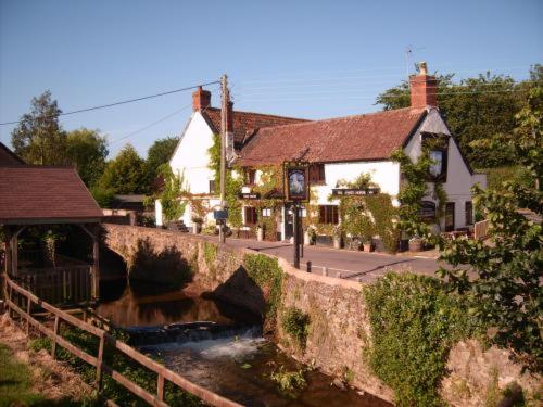 The White Horse Inn in Bilbrook, Somerset, South West England