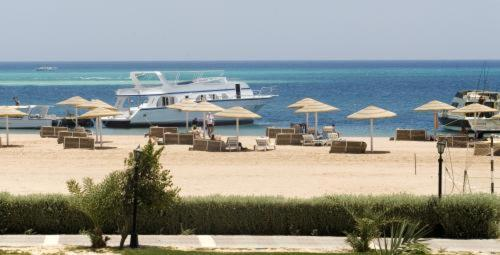 Magawish Swiss Inn Resort Hurghada Photo