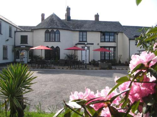 Lifton Hall Hotel in Lifton, Devon, South West England