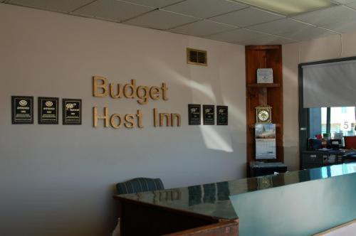 Budget Host Inn Photo