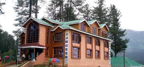 Hotel Zahgeer Continental - Gulmarg Photo