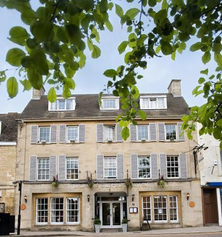 Crown & Cushion Hotel in Chipping Norton, Oxfordshire, Central England