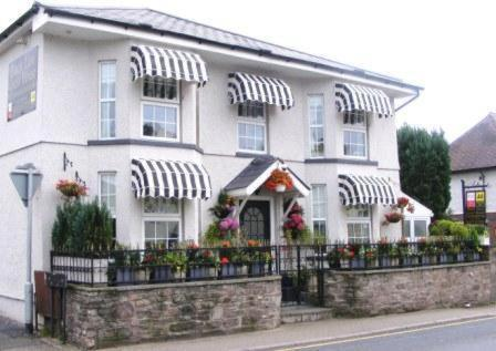 Black Lion Guest House in Abergavenny, Monmouthshire, South Wales