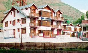 Hotel Zahgeer Continental - Srinagar Photo