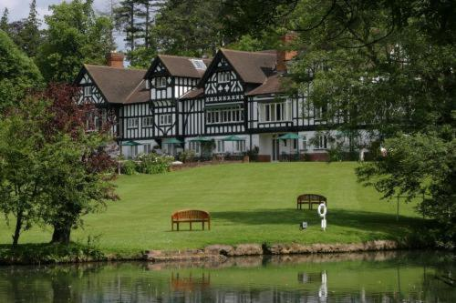 Springs Hotel & Golf Club in North Stoke, Oxfordshire, Central England