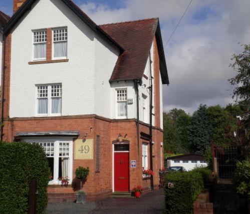 Wellington Lodge Luxury Bed And Breakfast in Bromsgrove, Worcestershire, West England