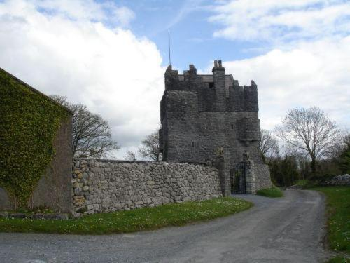Strongfort Castle Photo