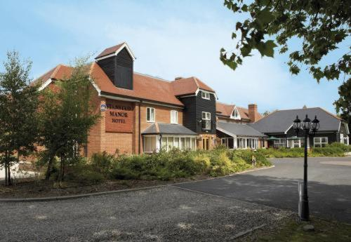 Best Western Stansted Manor Hotel Photo