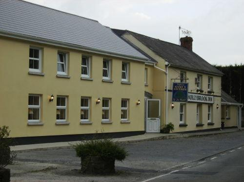The Hollybrook Country Inn in Carmarthen, Dyfed, South Wales