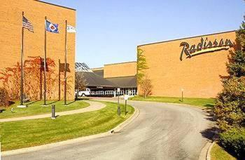 Radisson Hotel and Conference Center Photo