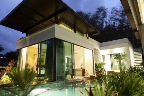 Layan Pool Villa, Phuket Photo