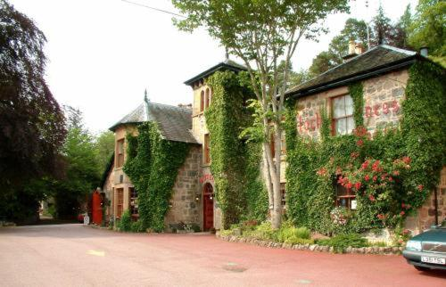 Loch Ness Lodge Hotel in Drumnadrochit, Highland, Highlands Scotland