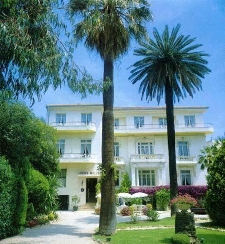 Welcome hotel juan les pins low rates no booking fees for Hotels juan les pins