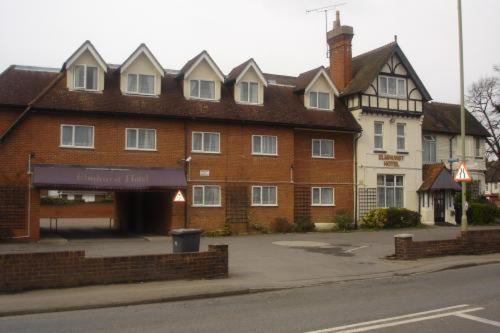 Elmhurst Hotel in Reading, Berkshire, Central England