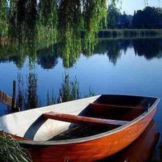 Lakeside Bed and Breakfast Berlin - Pension Am See Photo