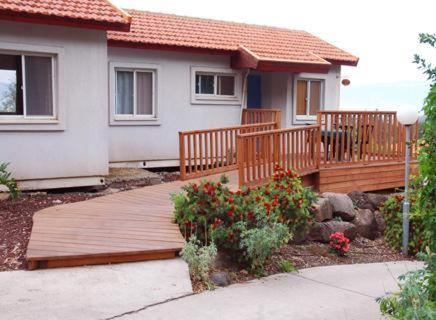 Gonen Kibbutz Country Lodging Photo