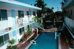 Blue Dolphin Hotel Photo