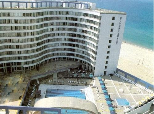 Colony Beach Bat Yam Apartments Photo