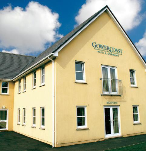 Gower Coast Guest Accommodation & Apartments in Llanelli, Dyfed, South Wales
