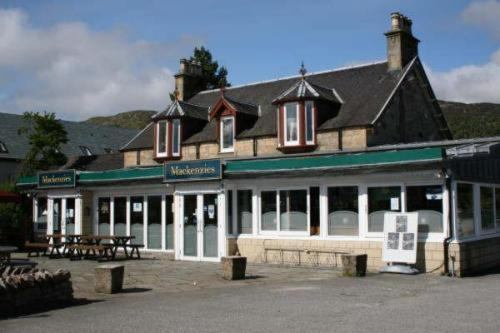 Mackenzies Highland Inn in Aviemore, Highland, Highlands Scotland