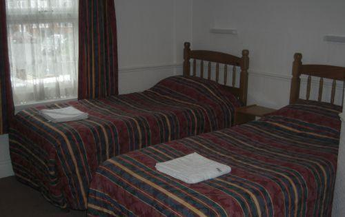 Arch Guest House in Reading, Berkshire, Central England