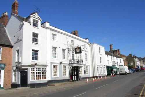 Crown Hotel Brackley in Brackley, Northamptonshire, Central England